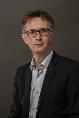 photo-corporate-portrait-avocat-capstan-lille-laurent-cruciani-w