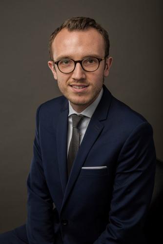 photo-corporate-portrait-avocat-capstan-lille-mathieu-w
